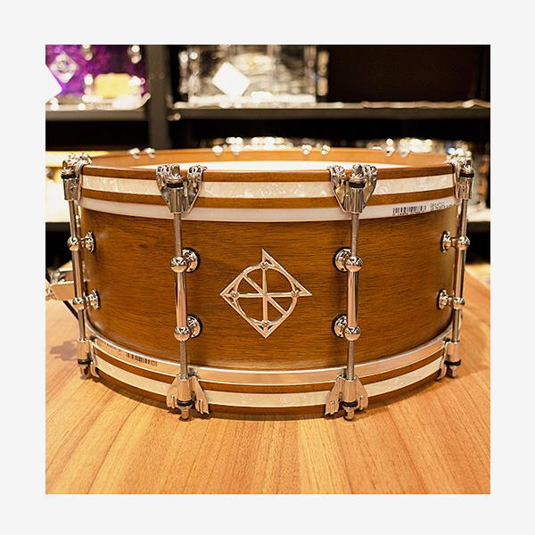 Dixon Australian Rose Gum Vingtage Maple 스네어드럼 14×5.5 (PDSAN554CBRGS-WDH)